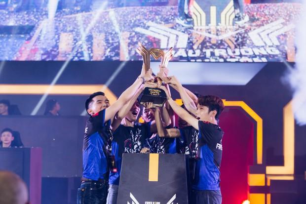 Chiến thắng nghẹt thở, King of Free Fire sẽ đại diện Việt Nam tham dự giải Esports tầm cỡ thế giới tại Brazil - Ảnh 1.