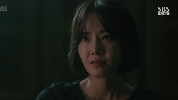 Vagabond tập 6: Suzy say rượu tranh thủ đè trai đẹp ra hôn, nạn nhân lần này là Lee Seung Gi! - Ảnh 2.