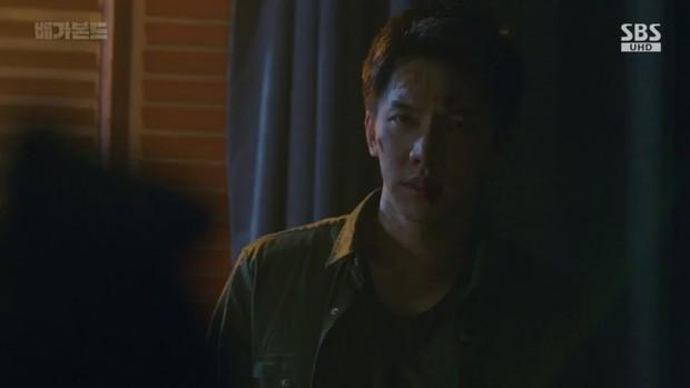 Vagabond tập 6: Suzy say rượu tranh thủ đè trai đẹp ra hôn, nạn nhân lần này là Lee Seung Gi! - Ảnh 5.
