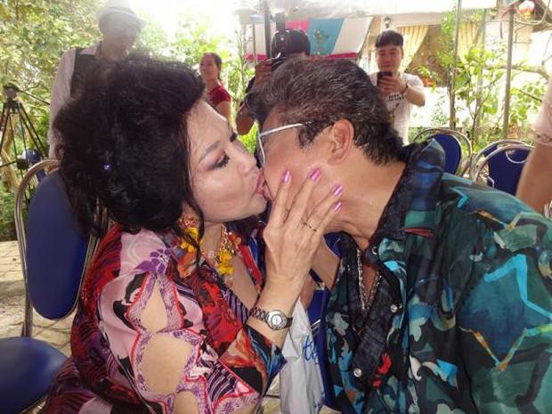 MC Thanh Bạch một thời làm bá chủ gameshow, lập cả kỷ lục Guinness trước khi bị vợ cũ Xuân Hương vén màn cuộc sống hôn nhân - Ảnh 6.