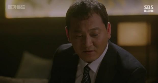 Vagabond tập 6: Suzy say rượu tranh thủ đè trai đẹp ra hôn, nạn nhân lần này là Lee Seung Gi! - Ảnh 8.