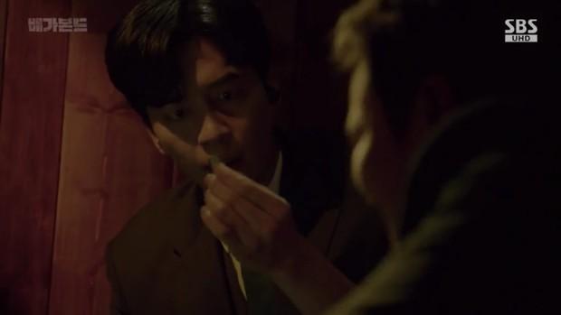 Vagabond tập 6: Suzy say rượu tranh thủ đè trai đẹp ra hôn, nạn nhân lần này là Lee Seung Gi! - Ảnh 10.