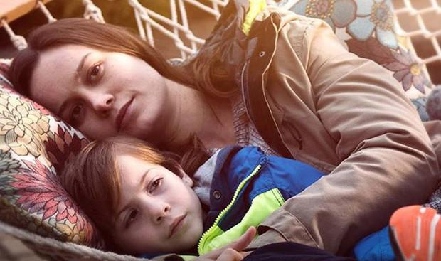 5 phim gia đình dễ khiến bạn bật khóc như mưa giữa rạp: Có cả ứng viên Oscar sáng giá - Ảnh 2.