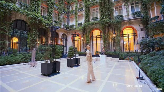 Choáng váng: 110 triệu/đêm đã là gì, khách sạn Vũ Khắc Tiệp và Ngọc Trinh thuê ở Paris còn có phòng giá 700 triệu/đêm! - Ảnh 5.