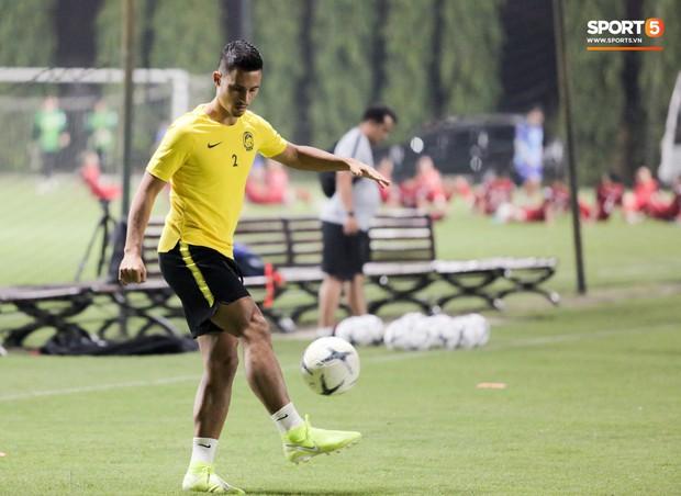 Đội tuyển Malaysia tập trễ hơn kế hoạch vì chờ thầy trò HLV Park Hang-seo - Ảnh 7.