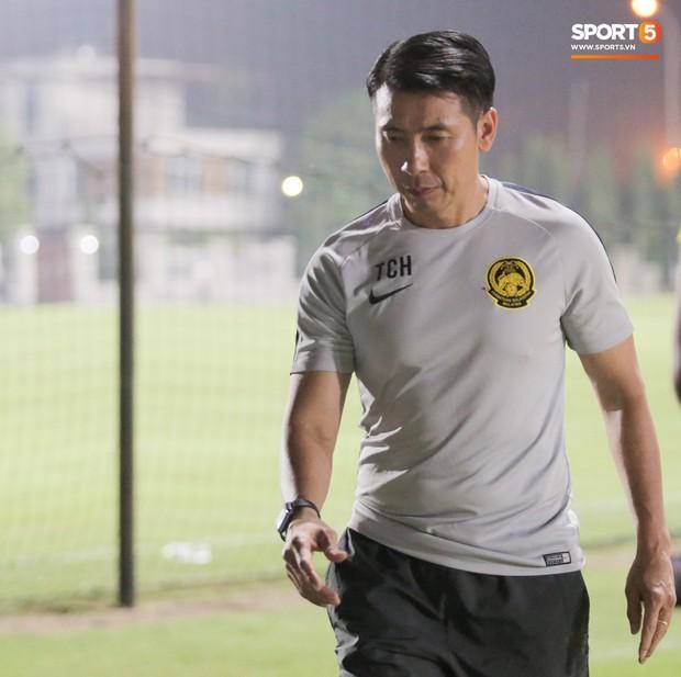 Báo Malaysia tố tuyển Việt Nam cố tính chơi bẩn về vấn đề sân tập, HLV Park Hang-seo bị lôi ra chỉ trích - Ảnh 2.