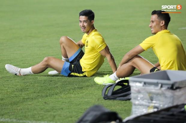 Đội tuyển Malaysia tập trễ hơn kế hoạch vì chờ thầy trò HLV Park Hang-seo - Ảnh 2.