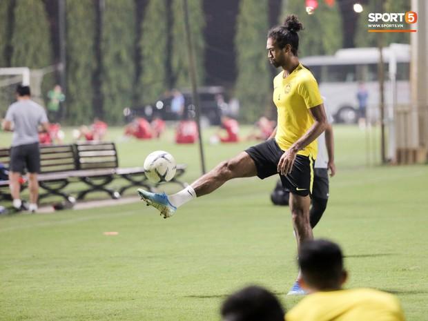 Đội tuyển Malaysia tập trễ hơn kế hoạch vì chờ thầy trò HLV Park Hang-seo - Ảnh 3.