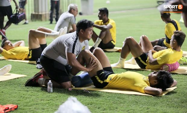 Đội tuyển Malaysia tập trễ hơn kế hoạch vì chờ thầy trò HLV Park Hang-seo - Ảnh 4.