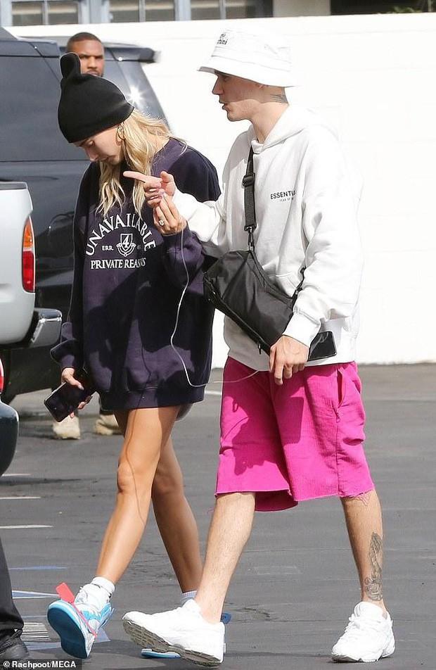 Soi kỹ mới thấy đẳng cấp visual của vợ Justin Bieber đỉnh nhường này: Ra đường là phải lồng lộn, đẹp lấn át cả chồng - Ảnh 6.