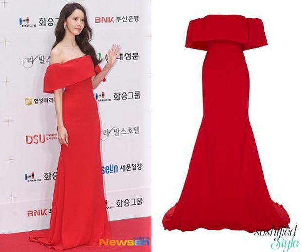 """Đẹp không góc chết nhưng Yoona vẫn thua sát nút trước Angela Baby trong cuộc đua """"nữ hoàng quyến rũ"""" thảm đỏ LHP Busan - Ảnh 9."""