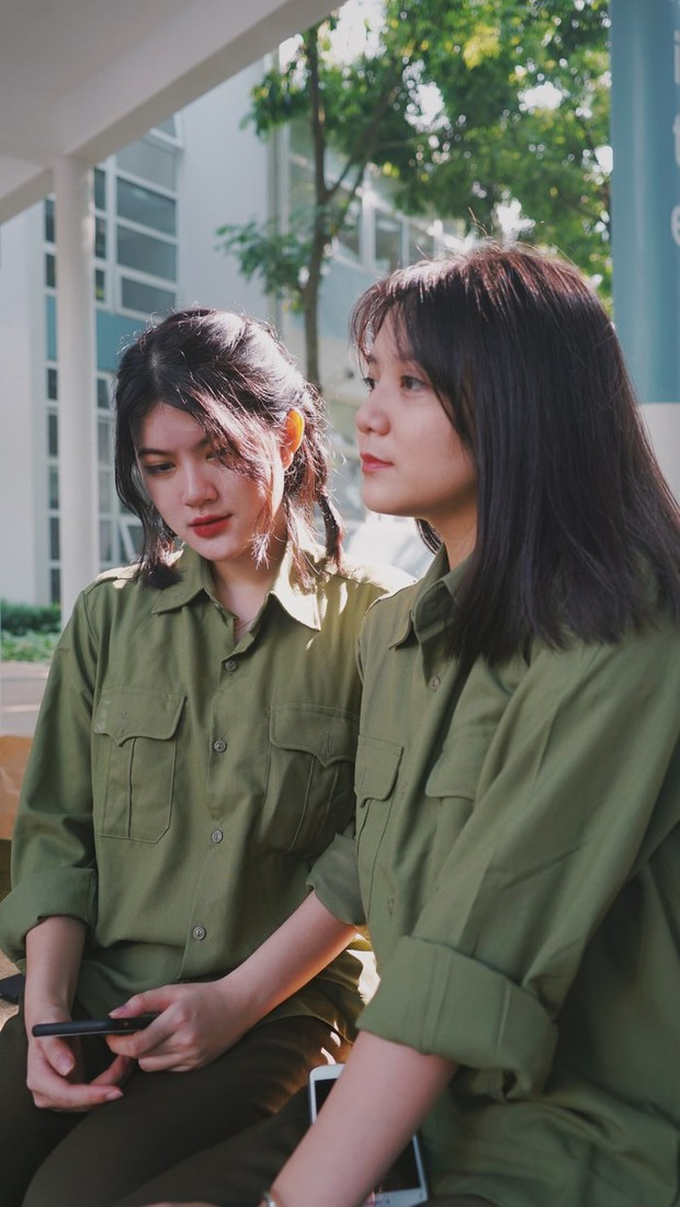 Khi sức mạnh của gái xinh là không thể chống đỡ: Fanboy đòi chuyển tới ngôi trường cấp 3 có hàng loạt cực phẩm nữ thần quân sự - Ảnh 6.