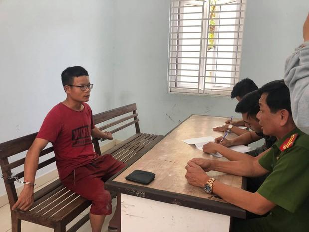 Chân dung tên cướp đâm trọng thương cụ bà 71 tuổi và cô gái sau khi mua dâm trong quán hớt tóc ở Đà Nẵng - Ảnh 6.