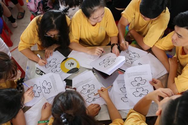 Tiết học văn độc đáo của học sinh 2 trường THPT ở Hà Nội, tìm về nguồn cội để hiểu hơn về tác giả tác phẩm - Ảnh 4.