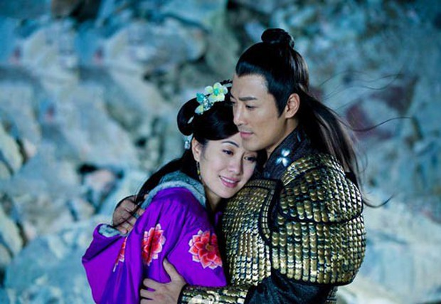 Hội bồ yêu cũ màn ảnh của Lâm Phong: Ai cũng ship Xa Thi Mạn nhưng bị đồn phim giả tình thật với Chung Gia Hân - Ảnh 4.