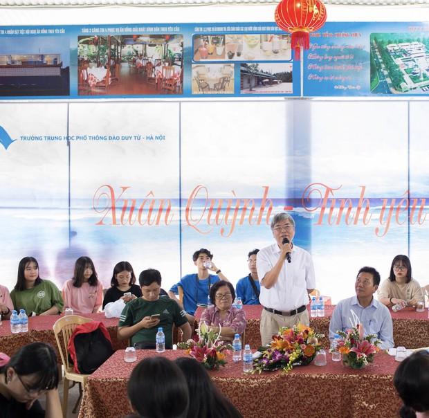 Tiết học văn độc đáo của học sinh 2 trường THPT ở Hà Nội, tìm về nguồn cội để hiểu hơn về tác giả tác phẩm - Ảnh 1.