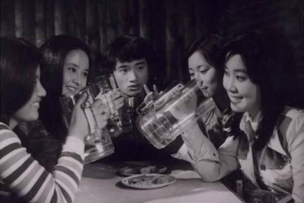 10 bộ phim huyền thoại của điện ảnh Hàn Quốc: Chốt sổ là tác phẩm có cái kết khiến cả thế giới chấn động - Ảnh 4.