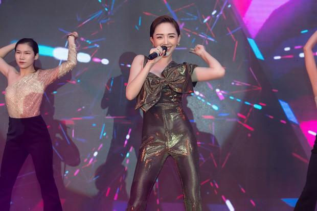 Lưu Hương Giang khoe nhan sắc hậu thừa nhận thẩm mỹ, hội ngộ dàn sao Việt đình đám tại sự kiện - Ảnh 8.