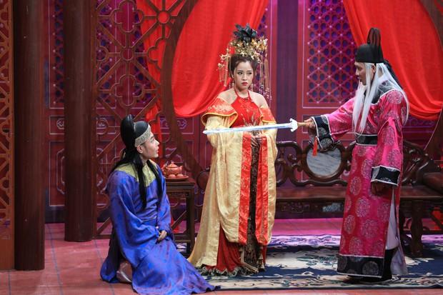 Lê Dương Bảo Lâm không ngại hôn bạn trai, một lần nữa giành cúp Ơn giời - Ảnh 3.