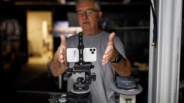 iPhone 11 Pro Max được khen nổ mũi: Smartphone tốt nhất hiện nay, thời lượng pin và camera xuất sắc - Ảnh 1.