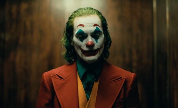 Doanh thu mở màn của bóng hề IT 2 tưởng đã ghê gớm, ai ngờ bị đồng nghiệp Joker đè bẹp! - Ảnh 1.