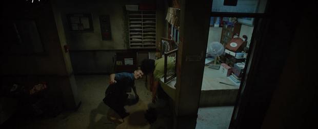 Từ cuộc thanh trừng man rợ đến cú twist ngoạn mục phút chót, Strangers From Hell chạm kỉ lục rating ở tập cuối 19+ - Ảnh 8.