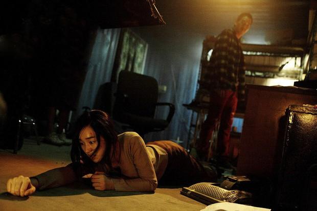 5 phim Hàn chẳng có ma quỷ vẫn làm người xem nổi da gà: Tuyệt tác của chú Yêu Tinh gây ám ảnh cả tuần - Ảnh 11.