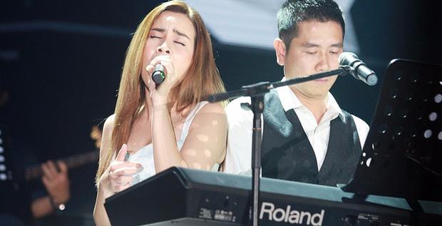 Hồ Hoài Anh - Lưu Hương Giang chính là cặp đôi vàng hiếm có của Vpop: Chồng đàn vợ hát cùng thăng hoa, là cặp đôi quyền lực tại các cuộc thi âm nhạc - Ảnh 2.