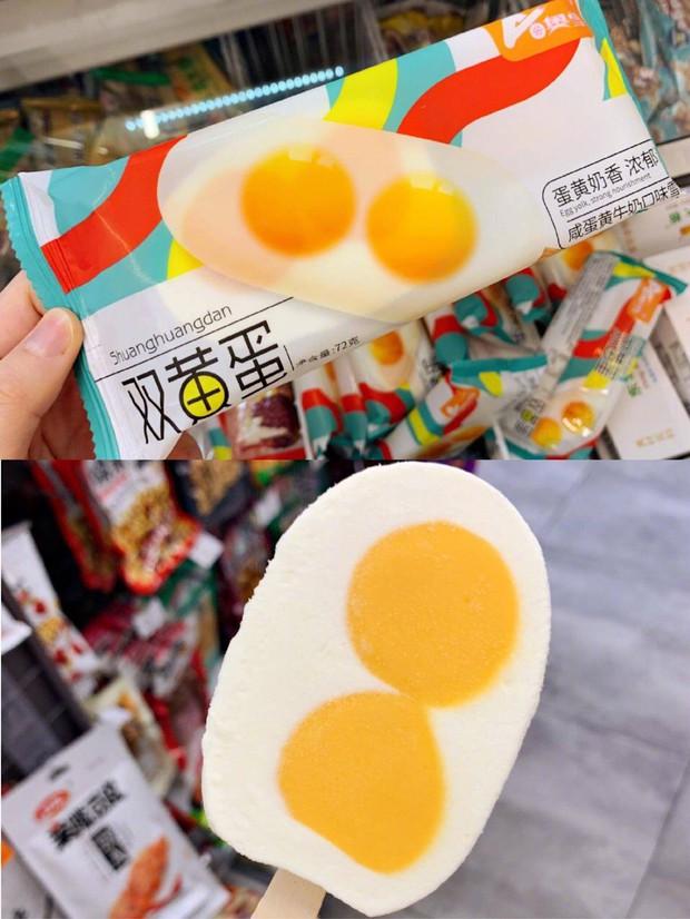 Hội sành ăn điêu đứng với cơn sốt kem 2 trứng muối Đài Loan được dự đoán sẽ trở thành đối thủ của kem trân châu đường đen đình đám một thời - Ảnh 2.