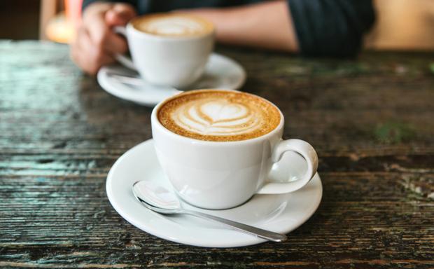 Có 3 thói quen này vào buổi sáng thì dù có ăn kiêng hay chỉ thở thôi bạn cũng vẫn tăng cân - Ảnh 3.