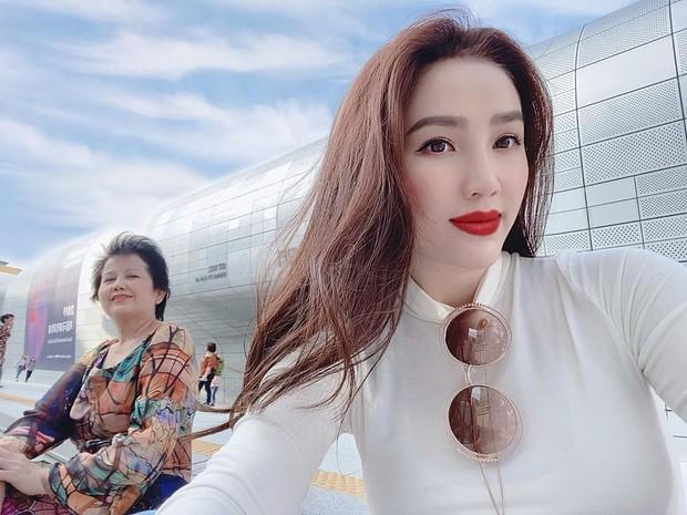 Loạt mỹ nhân Việt thường xuyên trốn việc để đi du lịch cùng mẹ khiến dân tình phát hờn vì cực tình cảm và đáng yêu - Ảnh 4.