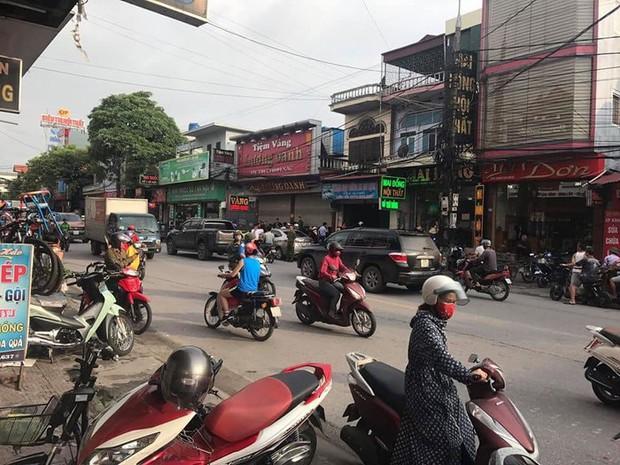 Nóng: Bắt giữ gã thanh niên nổ súng cướp tiệm vàng ở Quảng Ninh - Ảnh 2.