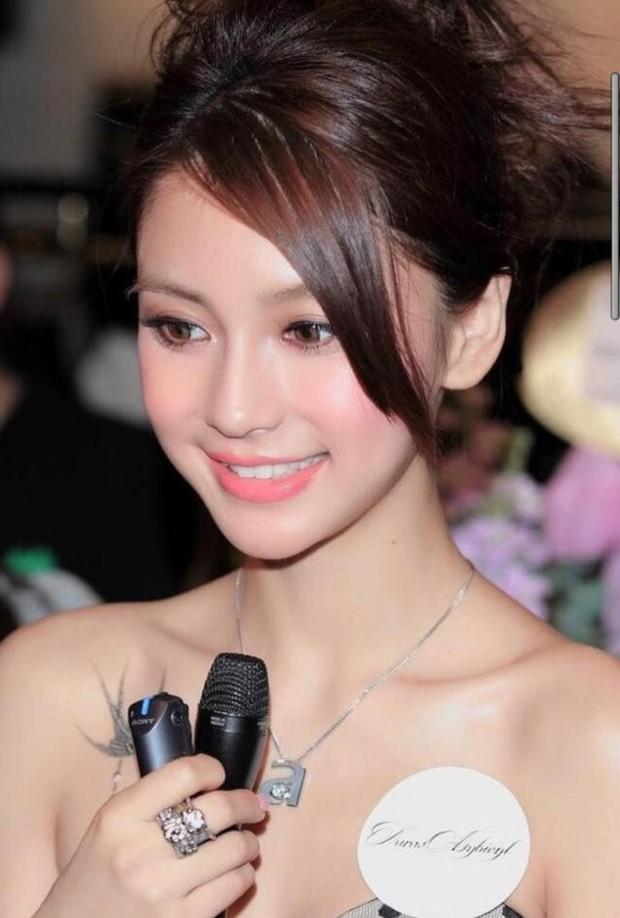 Soi nhan sắc ngày xưa của Angela Baby: Bảo sao khiến Huỳnh Hiểu Minh mê đắm, hứa nâng niu như công chúa cả đời - Ảnh 8.