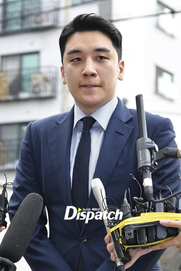 G-Dragon bị nghi viết bình luận ám chỉ Seungri trên MXH, gửi gắm thông điệp trước ngày comeback cả Kbiz chờ mong? - Ảnh 3.