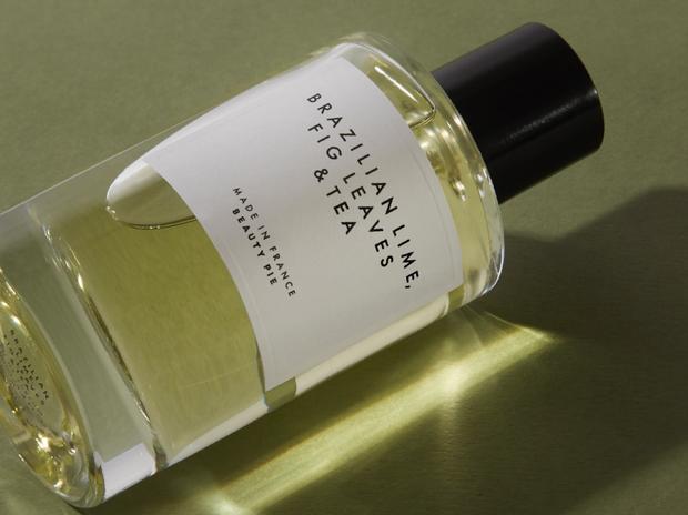 Nếu mê nước hoa Santal 33 nhưng ngại giá chát, bạn phải hóng ngay 4 bản dupe mùi tương tự mà giá mềm hơn hẳn - Ảnh 6.