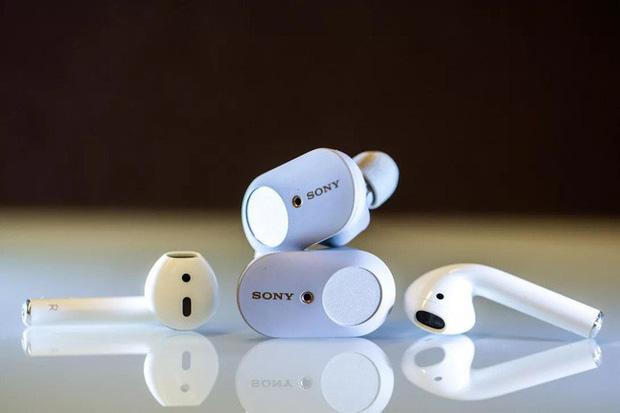 Tại sao Apple, Microsoft và Google lại sản xuất earbuds trong khi Sony, Samsung, Xiaomi hay Sennheiser đều chọn kiểu dáng in-ear cho True Wireless? - Ảnh 2.