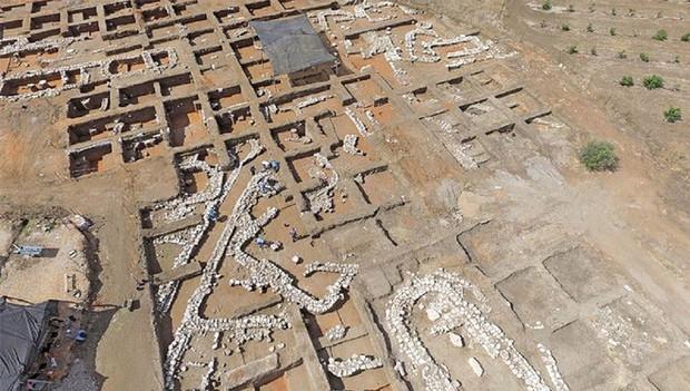 Phát hiện thành phố 5.000 năm tuổi quy hoạch rất đẹp tại Israel - Ảnh 2.