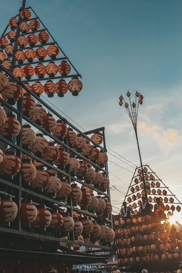 Thật tình cờ và thật bất ngờ: Đi du lịch Nhật Bản trái mùa, chàng travel blogger được trải nghiệm lễ hội đèn lồng hơn 350 tuổi tại Nihonmatsu - Ảnh 2.