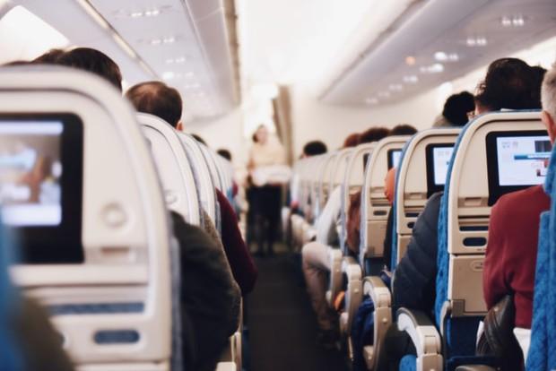 """7 kiểu người """"có duyên chết liền"""" chắc chắn ai đi máy bay cũng từng gặp, """"tạo nghiệp"""" dưới mặt đất chưa đủ hay sao? - Ảnh 2."""