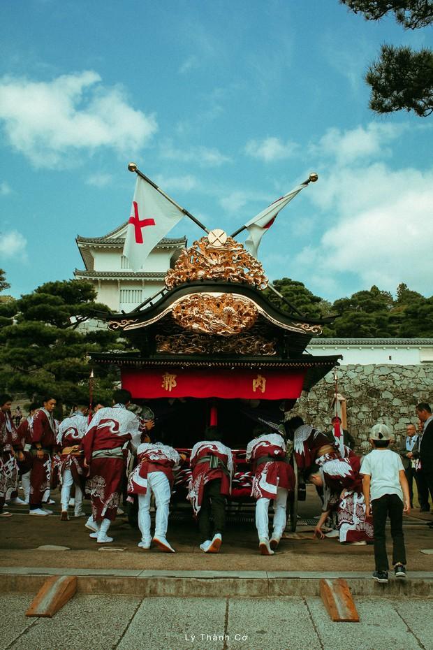 Thật tình cờ và thật bất ngờ: Đi du lịch Nhật Bản trái mùa, chàng travel blogger được trải nghiệm lễ hội đèn lồng hơn 350 tuổi tại Nihonmatsu - Ảnh 4.