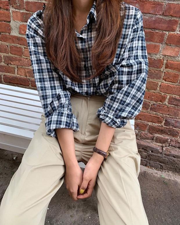 Khi bị đồng nghiệp chê mặc xấu: Nàng công sở đừng mặc kệ mà hãy cải tổ phong cách với 8 items sau đây - Ảnh 10.