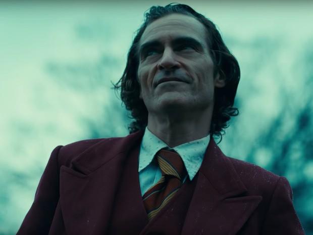 Đến Joaquin Phoenix cũng dính cảnh JOKER vận vào đời: Bị MC đình đám móc mỉa ngay talkshow, công chúng đồng loạt phẫn nộ - Ảnh 11.