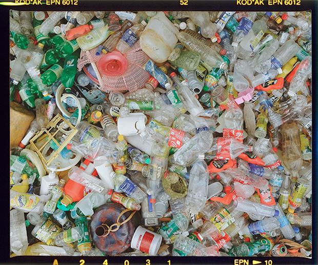 Từ nhà ra phố, từ cá nhân tới tập thể, một cuộc chiến nhựa đang diễn ra mạnh mẽ! - Ảnh 1.