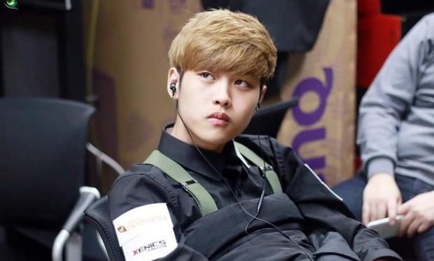 Ngất ngây với độ đẹp trai chuẩn soái ca của dàn game thủ 9X Hàn Quốc - Ảnh 1.