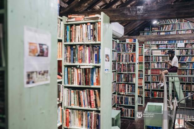 Ẩn sâu giữa lòng Hà Nội có một không gian chụp ảnh đẹp như truyện tranh mà không phải ai cũng biết - Ảnh 2.