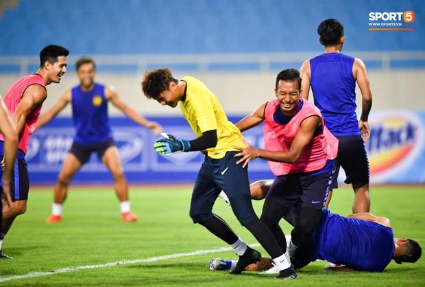 Đối thủ của HLV Park Hang-seo trầm ngâm vì đội nhà chỉ có 45 phút tập chiến thuật từ khi sang Việt Nam - Ảnh 3.