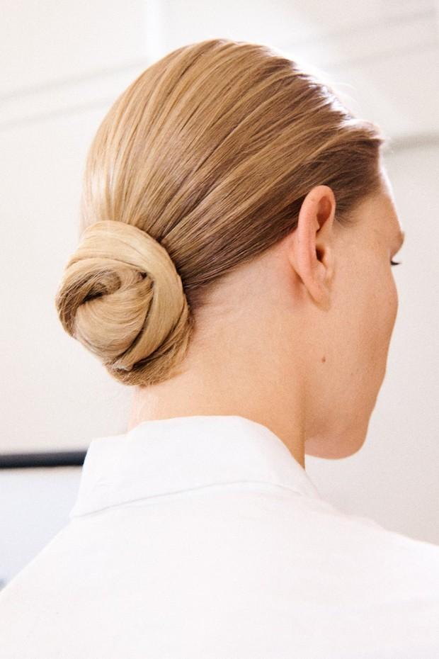 Để tóc đẹp hơn vài chân kính, bạn hãy làm theo lời khuyên từ các hairstylist tại Tuần lễ thời trang - Ảnh 6.
