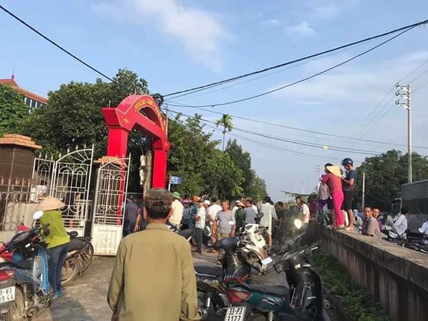 Hà Nội: Đang đi xe máy, cụ ông gần 70 tuổi bất ngờ bị nam thanh niên cầm gậy lao vào đánh tử vong - Ảnh 1.