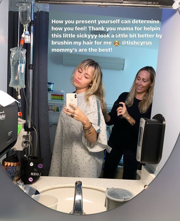 Nằm viện vẫn gây bão như Miley Cyrus: Hết lộ mặt mộc đẹp đỉnh cao lại tiện khoe bạn trai yêu chiều đến thăm - Ảnh 3.