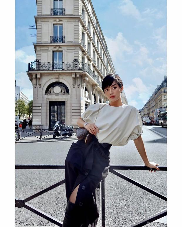 Louis Vuitton vừa giới thiệu hộp đựng AirPods xịn sò, dân tình tức tốc triệu hồi cô em trendy Khánh Linh vào mua - Ảnh 1.